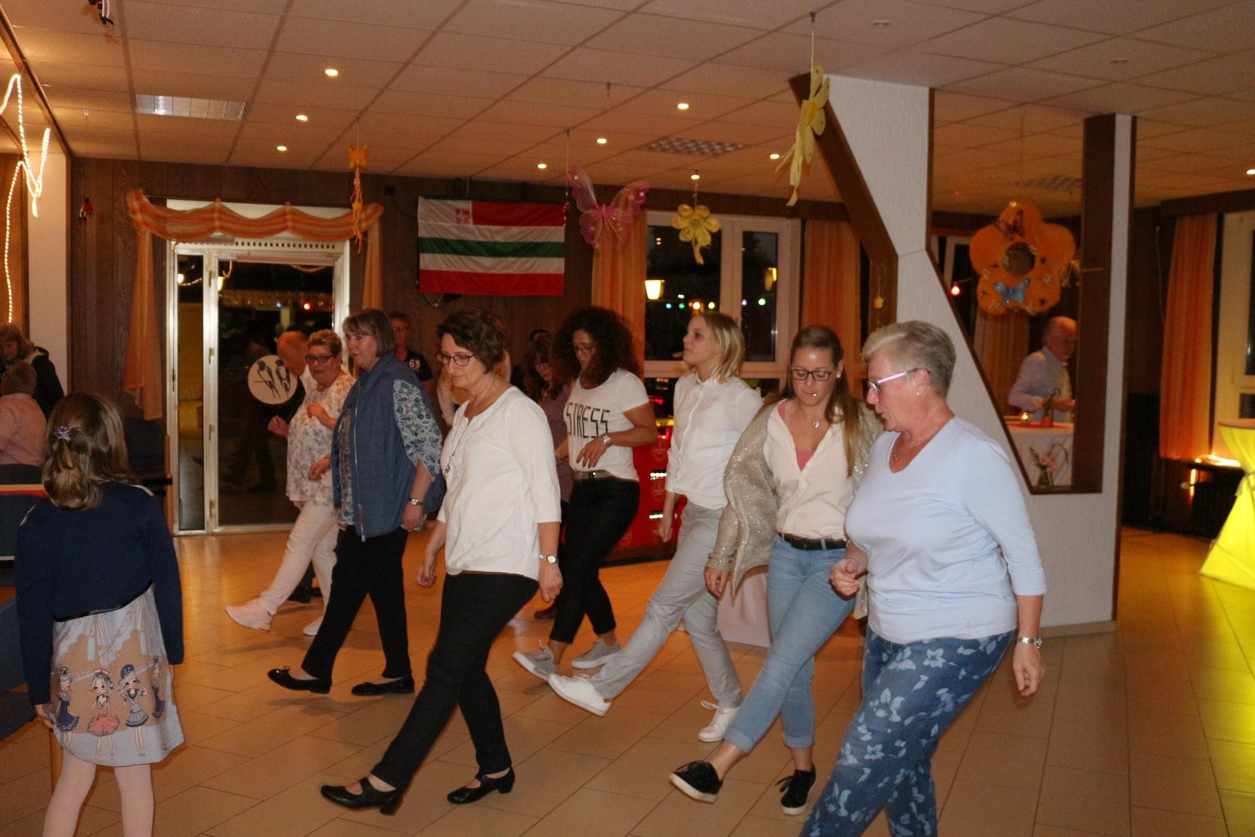 Tanz in den Mai 04